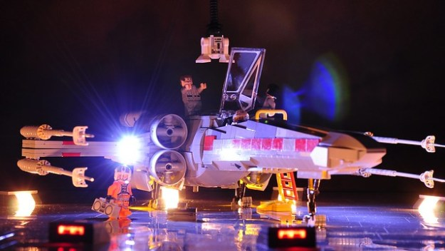 X-wing - Yavin by night