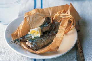 Sardines baked in paper
