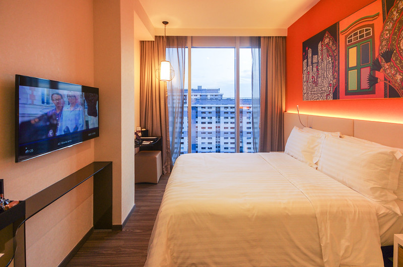 queen room mercure singapore bugis