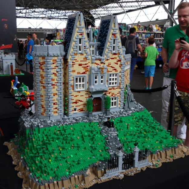 LEGO at Comic Con Amsterdam 2016 | The Brothers Brick