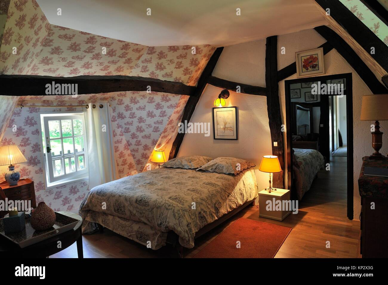 Les Chambre D Annie Mansarde Stock Photos And Mansarde Stock Images Alamy