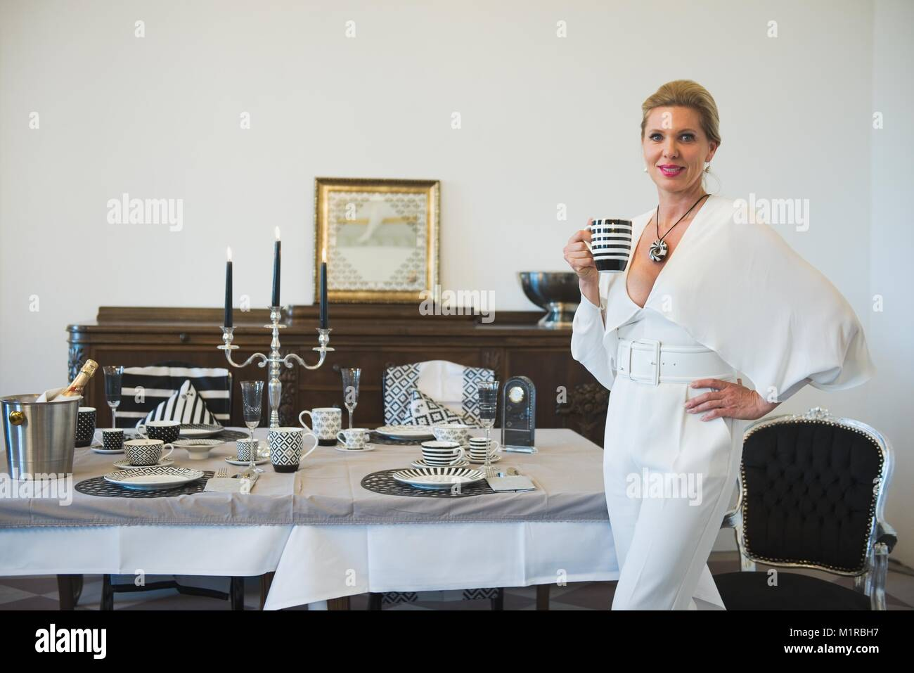 Home Decoration Collection Maya Princess Von Hohenzollern Showcases Her Porcelain Collection