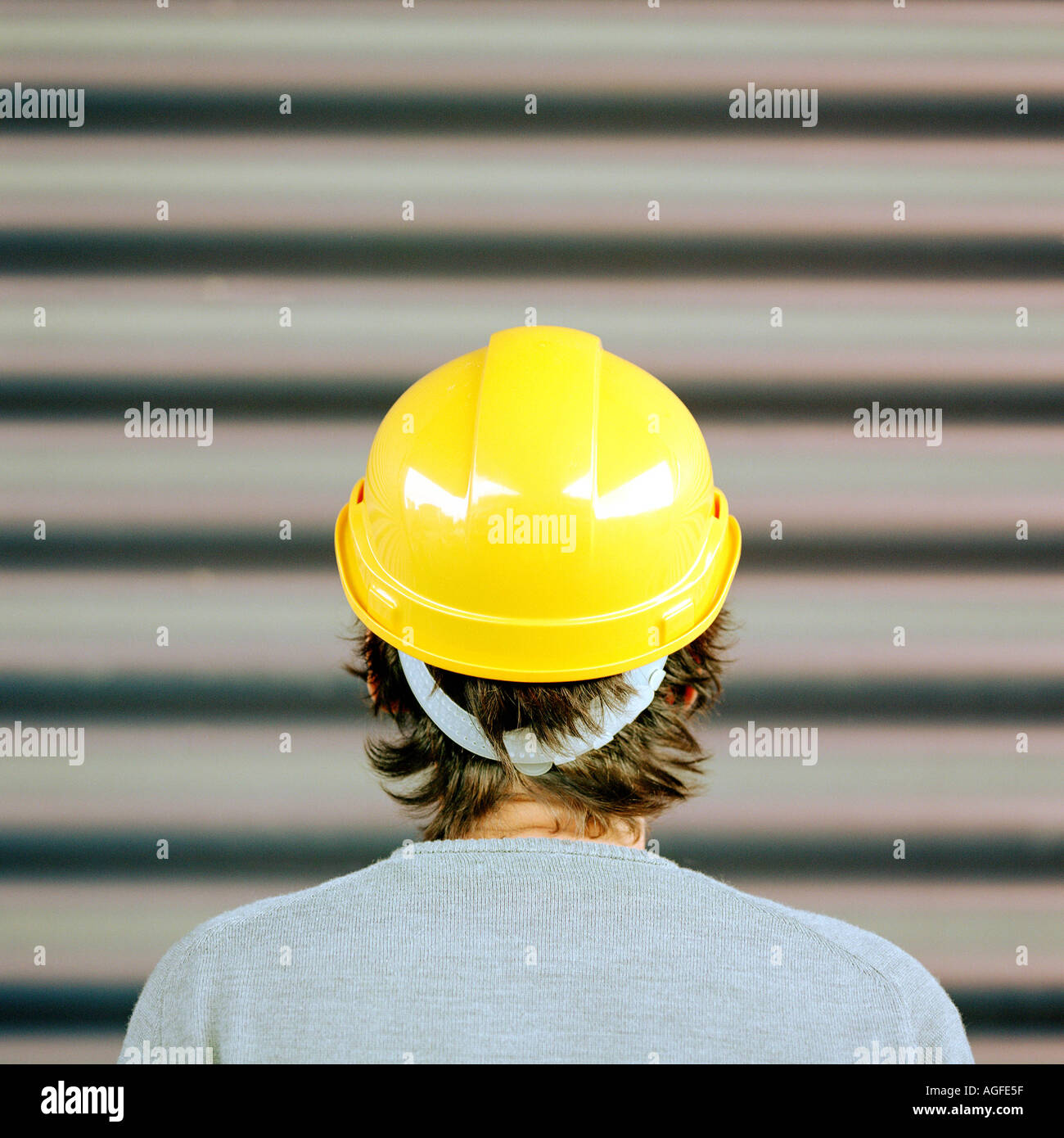 Warnweste Kleinkind Hard Hat Stockfotos And Hard Hat Bilder Alamy