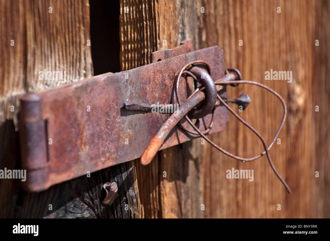 Türscharnier Holztür Hinge Stockfotos And Hinge Bilder Alamy
