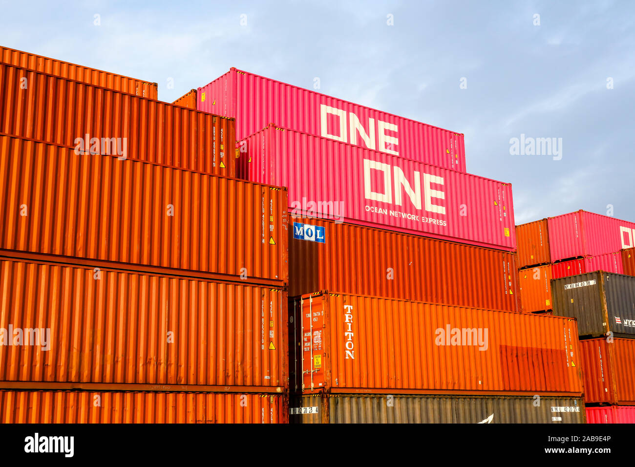 Seecontainer Seecontainer High Resolution Stock Photography And Images - Alamy