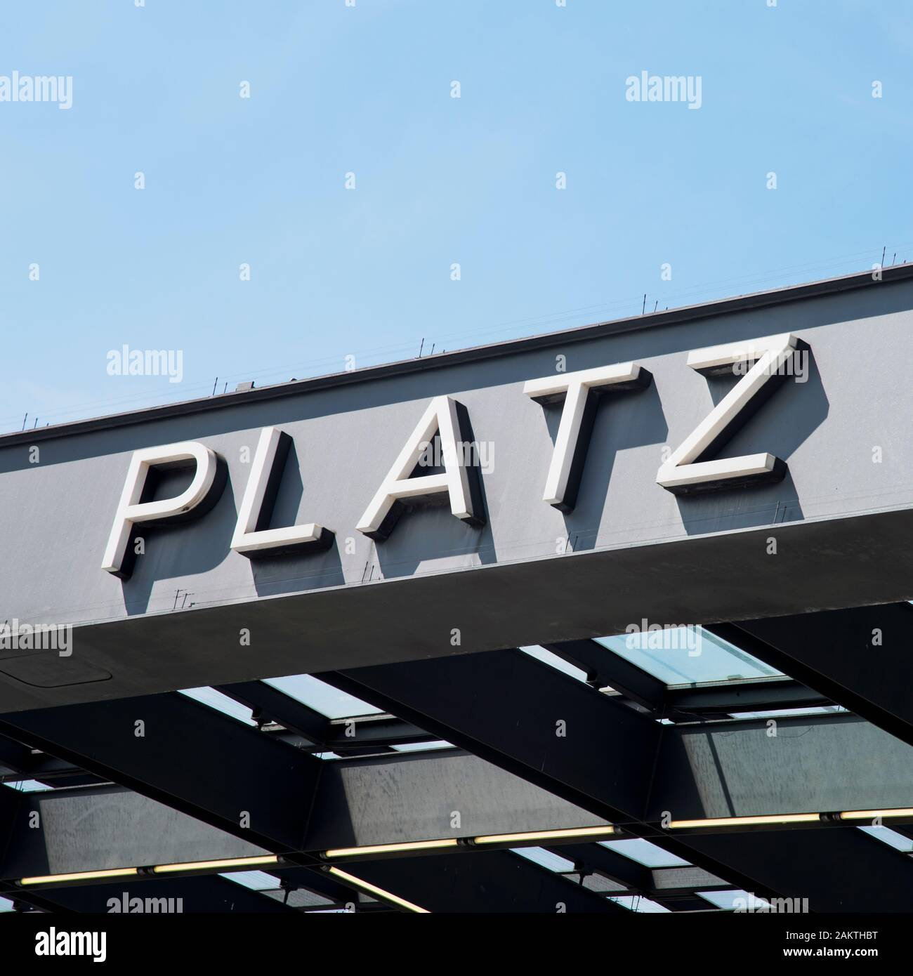 Deutsche Küche Potsdamer Platz S Bahnhof Potsdamer Platz High Resolution Stock Photography And Images - Alamy