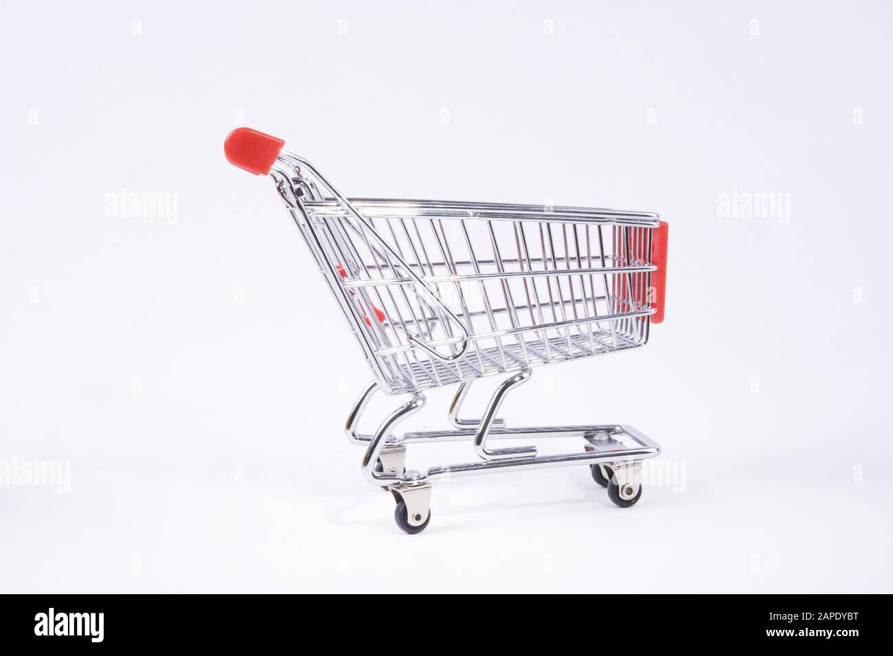 Einkaufswagen High Resolution Stock Photography And Images Alamy