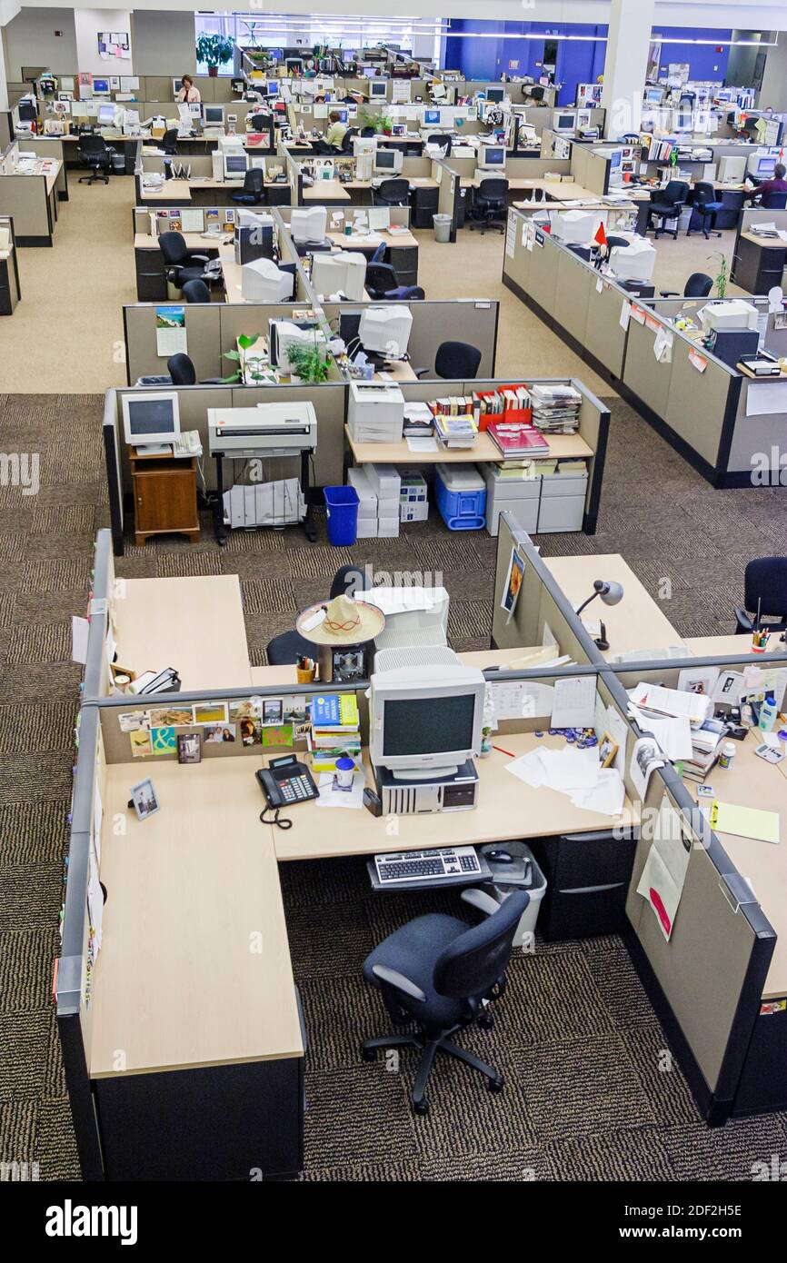 Newspaper Office Desks High Resolution Stock Photography And Images Alamy