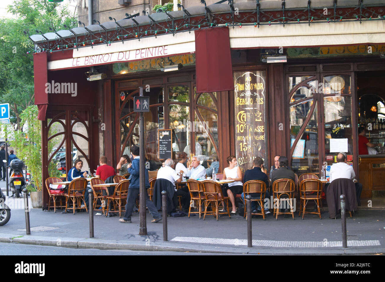Bar Terrasse Paris Le Bistrot Du Peintre Cafe Bar Terrasse Terasse Outside