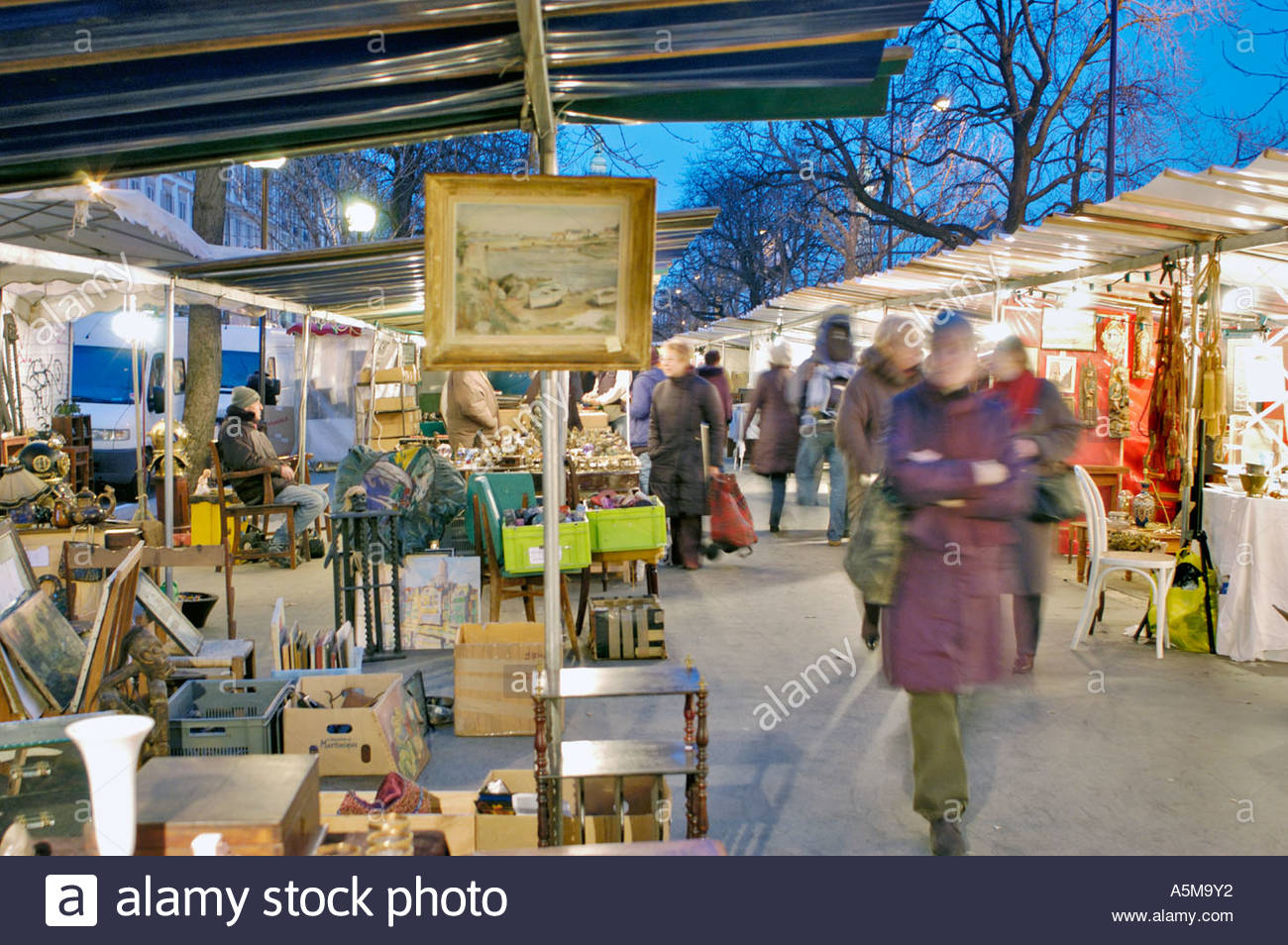 Brocante Cours De Vincennes Paris France Shopping