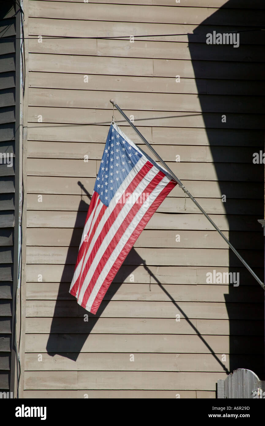 Hom In Sessel The Flag Of The United States Of America Displayed On A Home In
