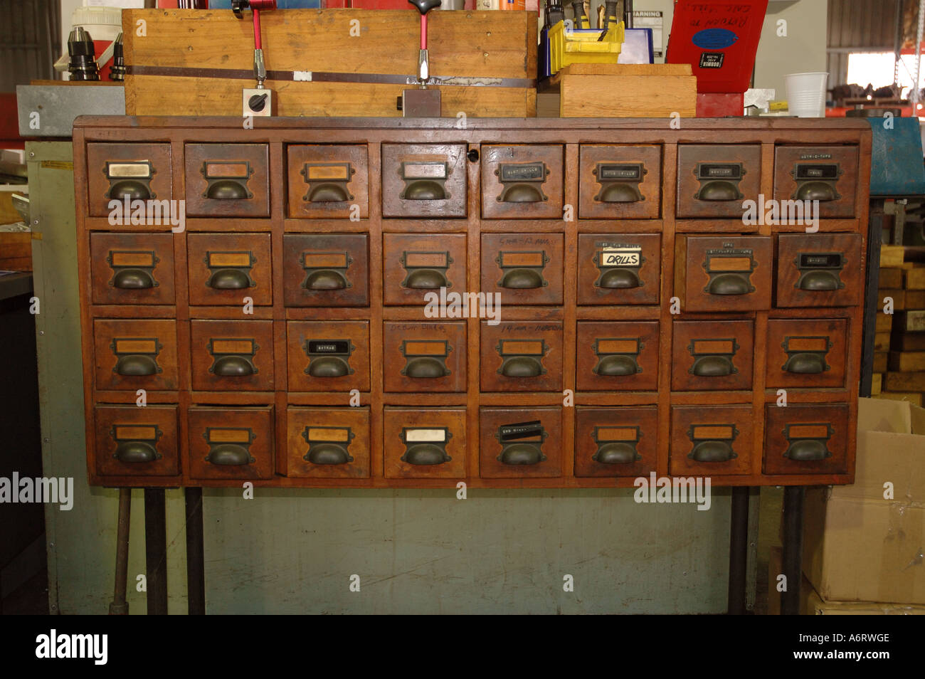Used Kitchen Cabinets Vt Cabinet Card Stock Photos And Cabinet Card Stock Images Alamy