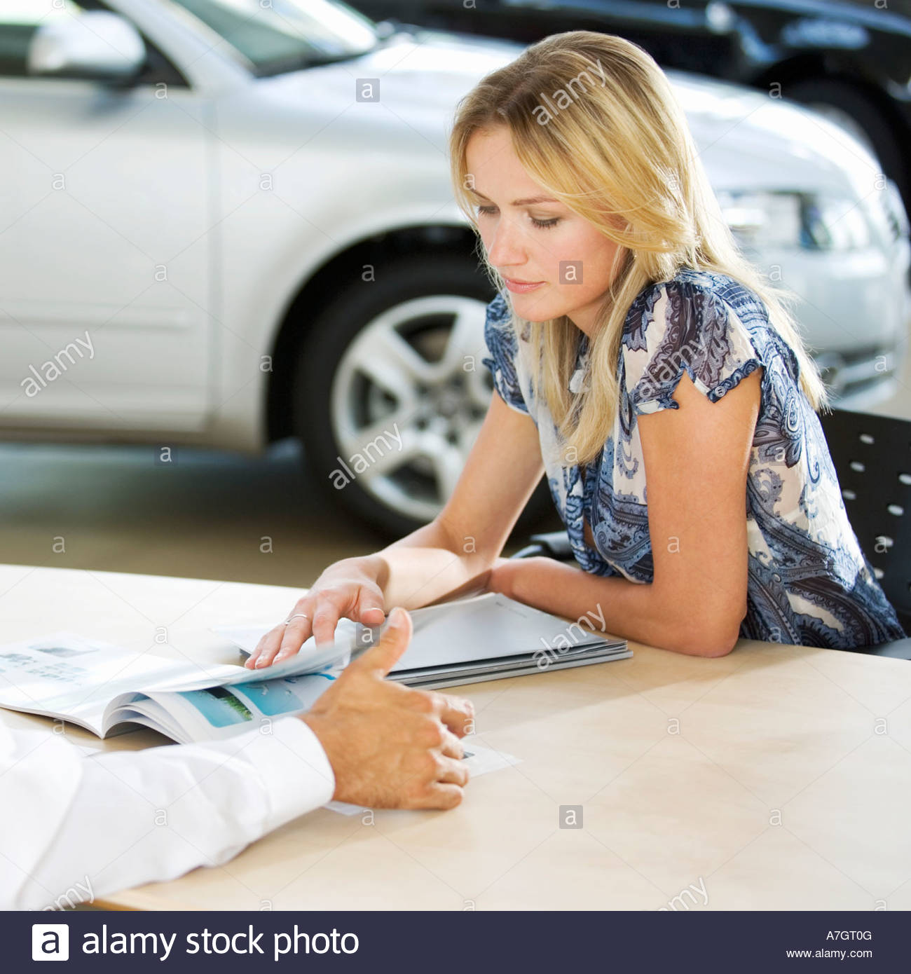 Buying A New Car A Young Woman Buying A New Car Stock Photo 11837055 Alamy