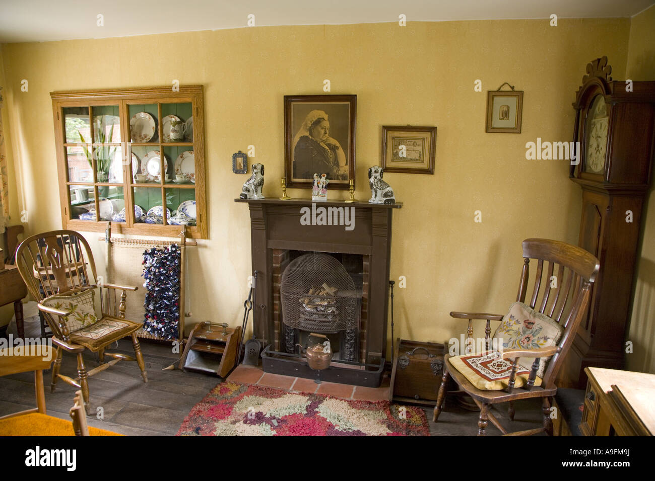 English Farmhouse Interiors Victorian Farmhouse Living Room Stock Photo 12353261 Alamy