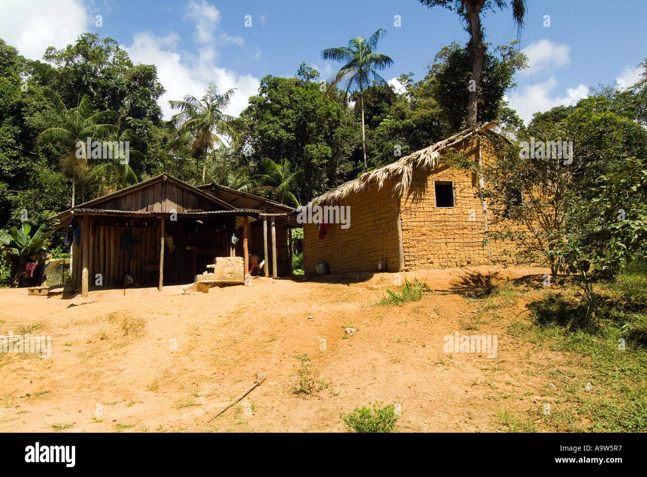 Maison Boa Indian Guarani House Boa Vista In The Atlantic Rainforest