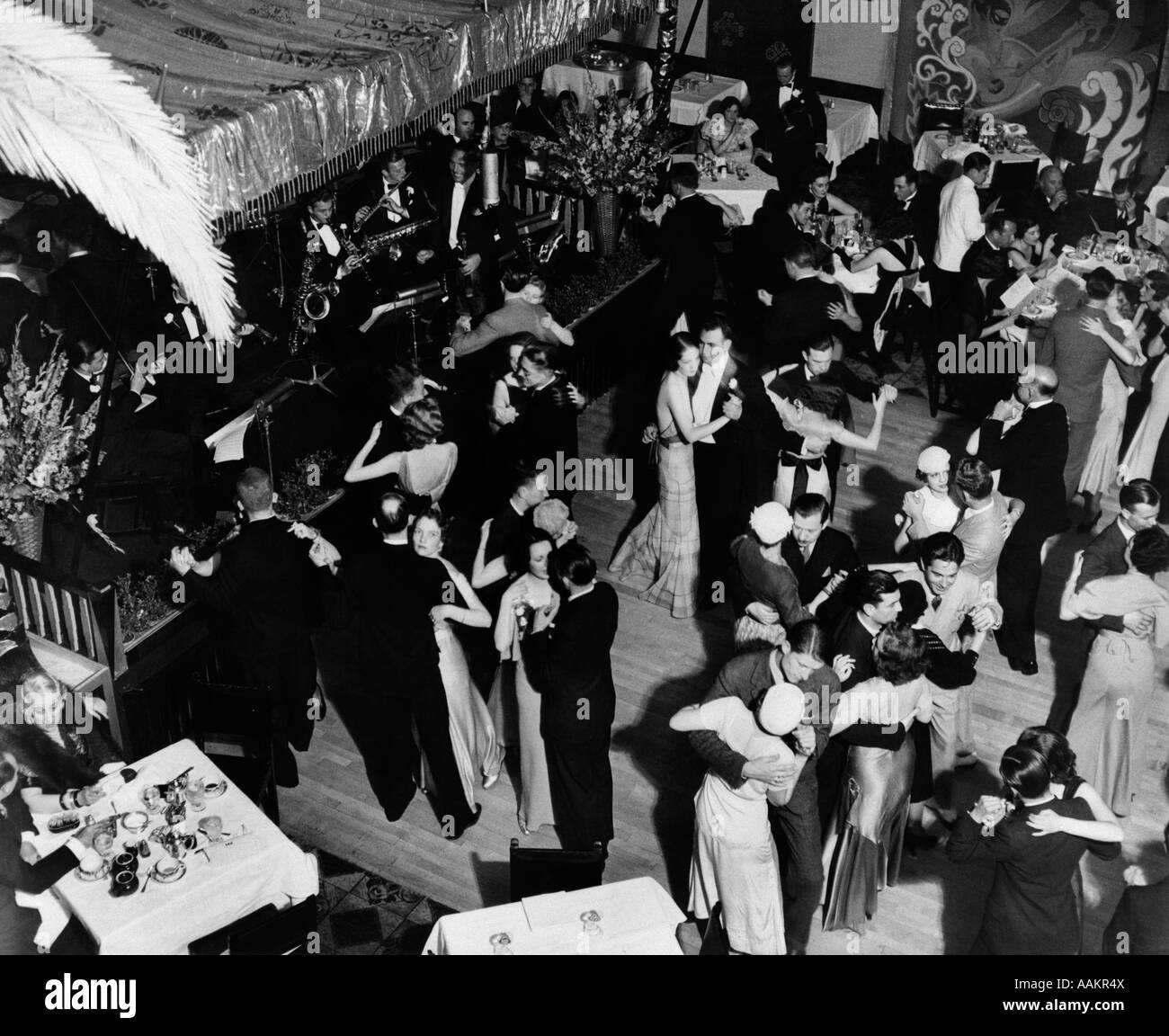 Tivoli Gardens New York City Ballet Dance Hall 1940s Stock Photos And Dance Hall 1940s Stock