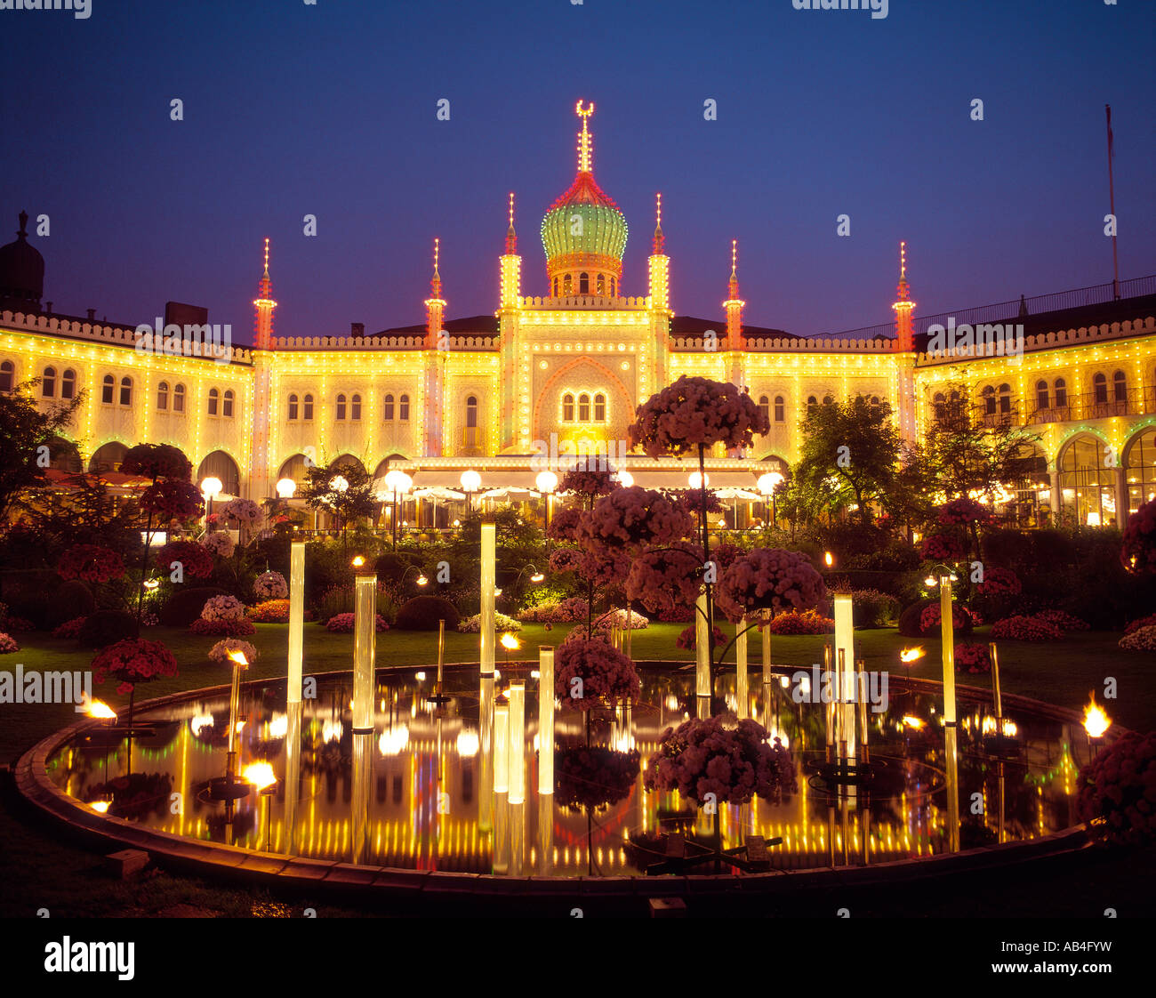 Ic Bagni Di Tivoli Filetivoli Gardens Concert Hall At Night Copenhagen