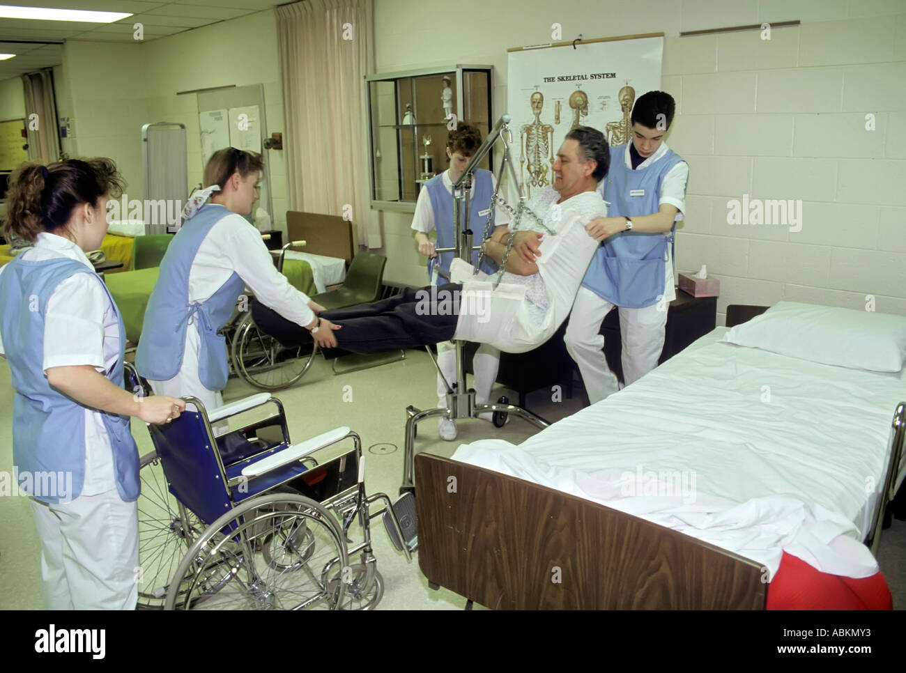 Bed Aids Student Nurses Aids Practice Getting A Patient Our Of Bed And Into
