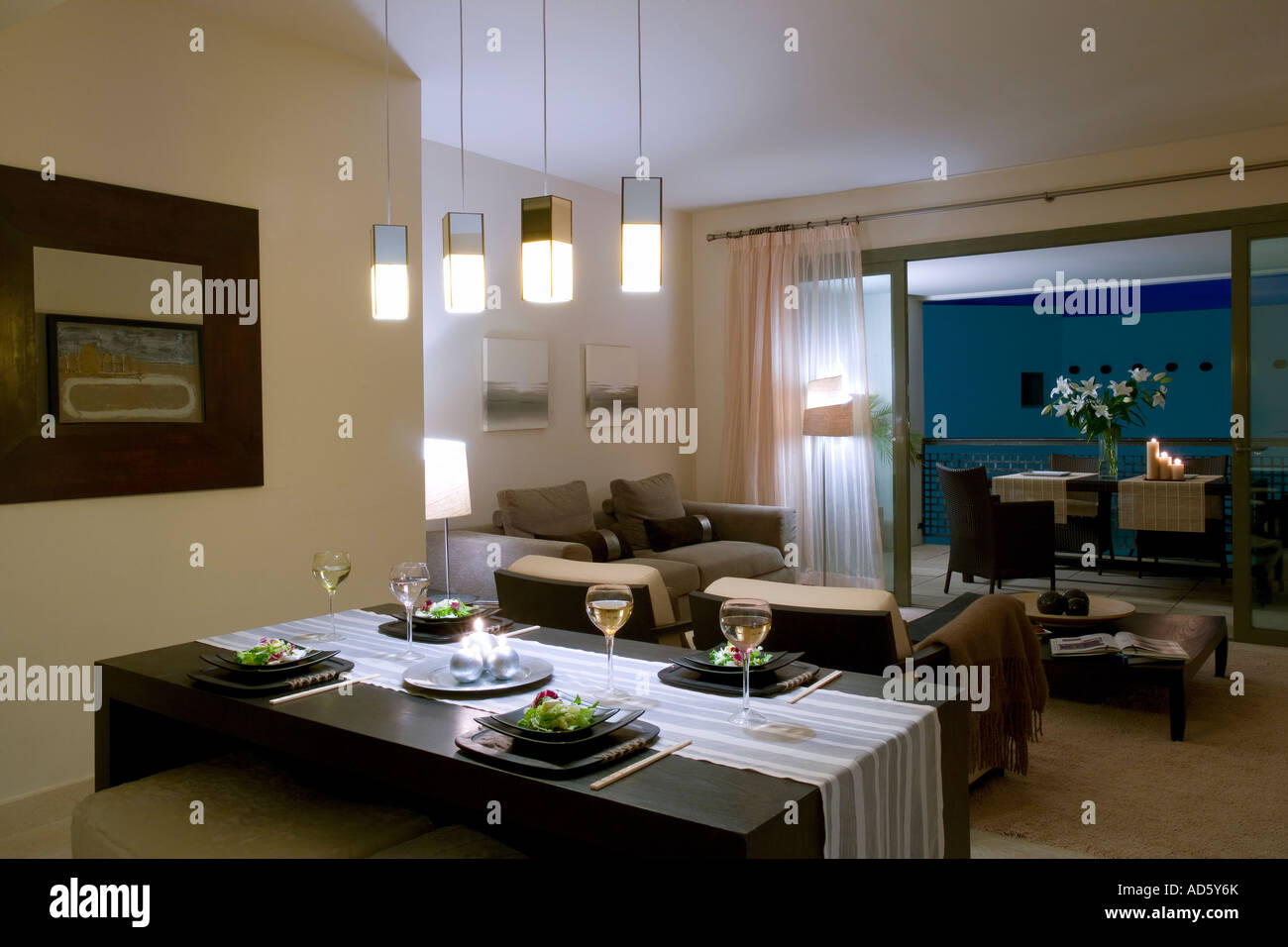 Lights Over Dining Table Pendant Lights Over Dining Table In Modern Apartment Living Room