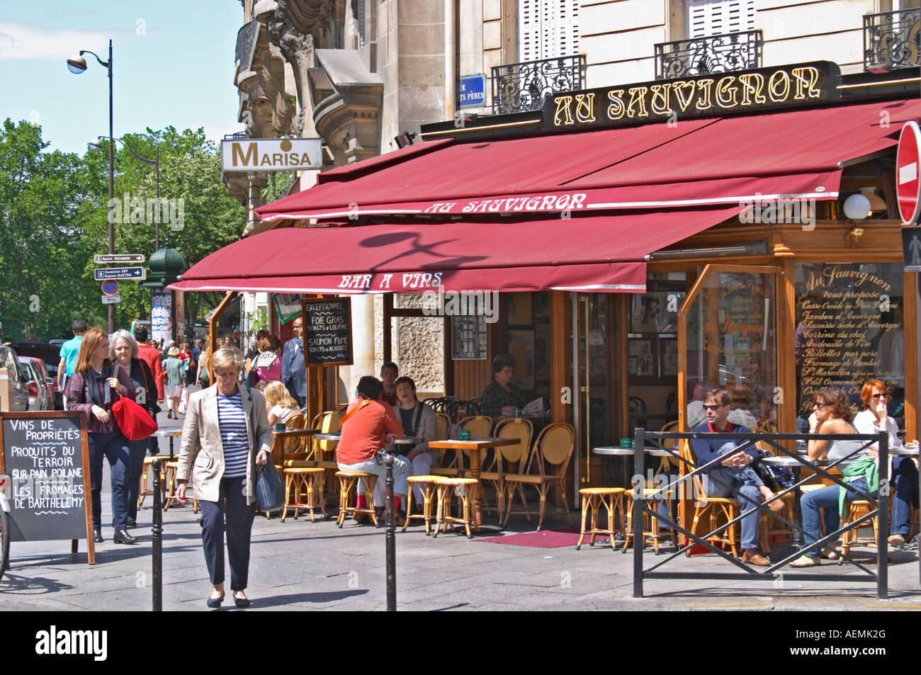 Restaurant Terrasse Restaurant Terrasse In Paris Stock Photos Restaurant Terrasse In