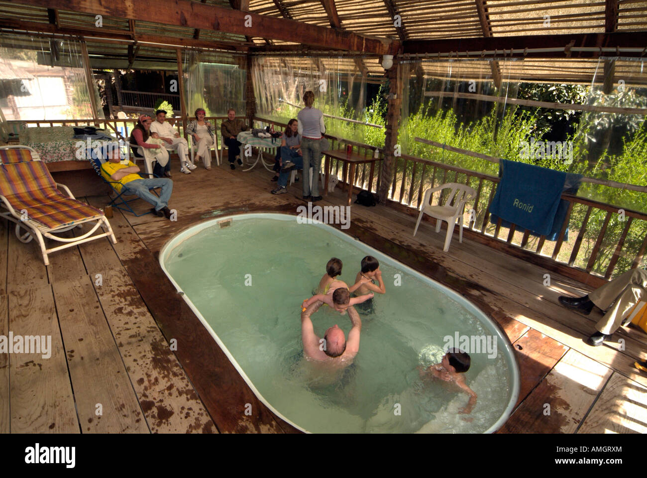 Jacuzzi Pool De Mexico Family In Jacuzzi In Valle De Bravo Stock Photo 15261547