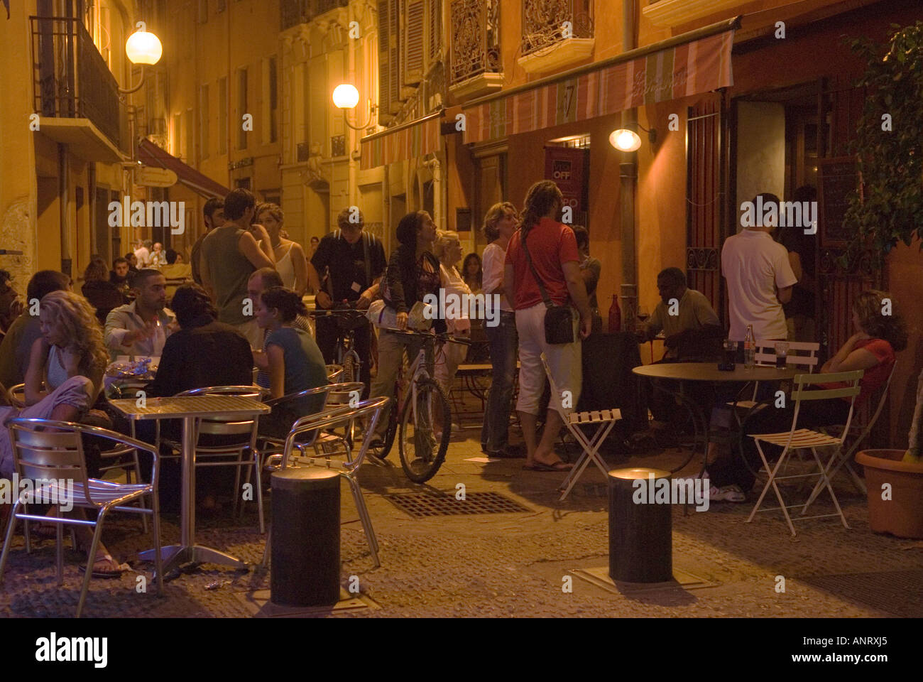 Bar Perpignan At A Local Bar Young People Enjoy The Live Music While Sitting
