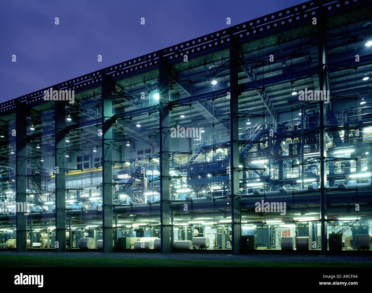 Fassadenverkleidung London London Financial Times Building Stock Photo 1560483 Alamy