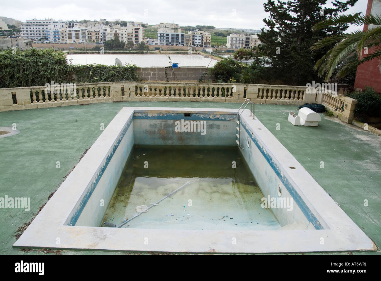 Zwembad Bed Empty Swimming Pool Bad Hotel Rough Dirty Area Stock Photo