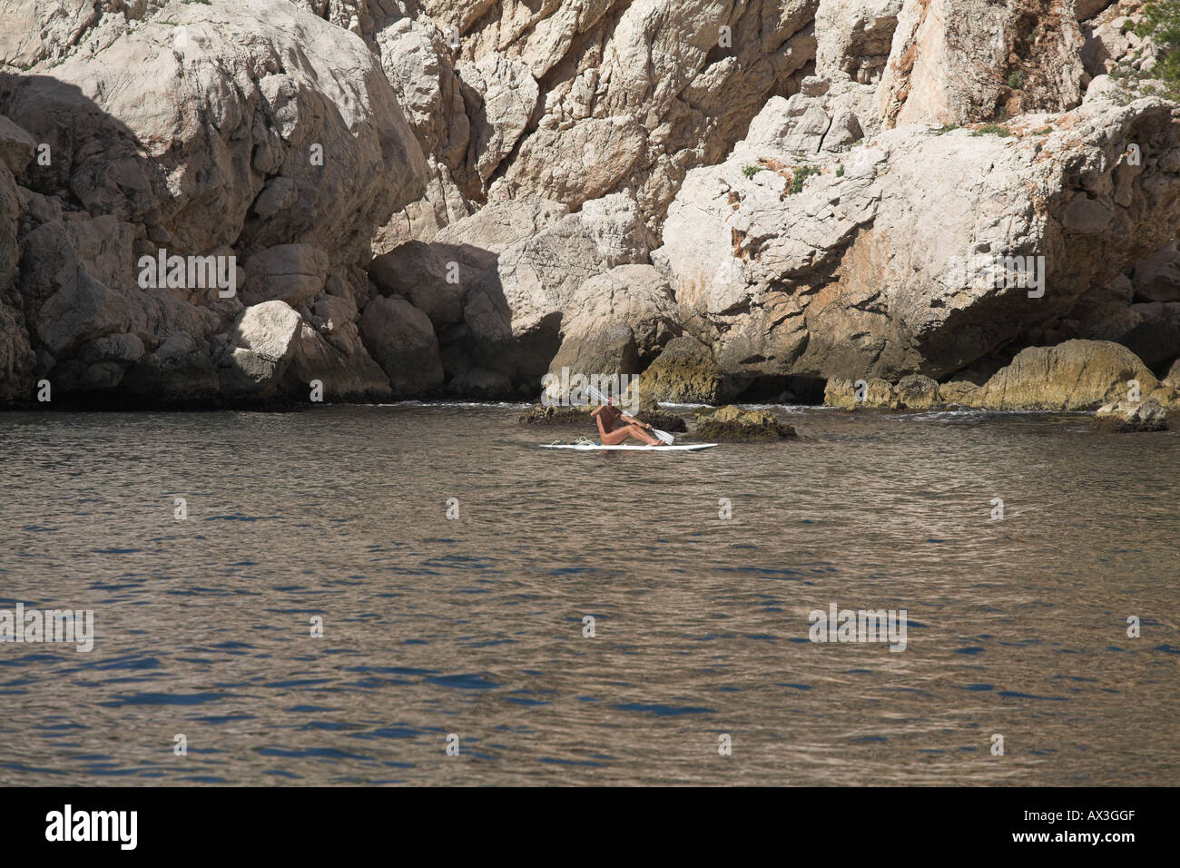 Location Canoe Cassis Naturist On Canoe Off Calanques Limestone Cliffs On French Coast