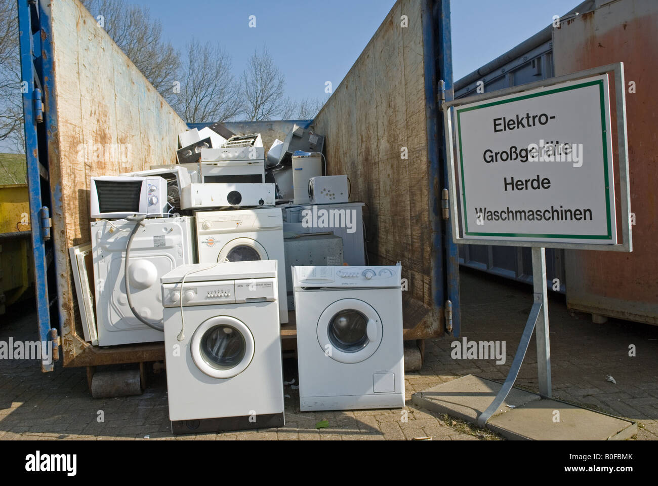 Oldenburg Shopping Center Disused Kitchen Appliances At A Recycling Centre