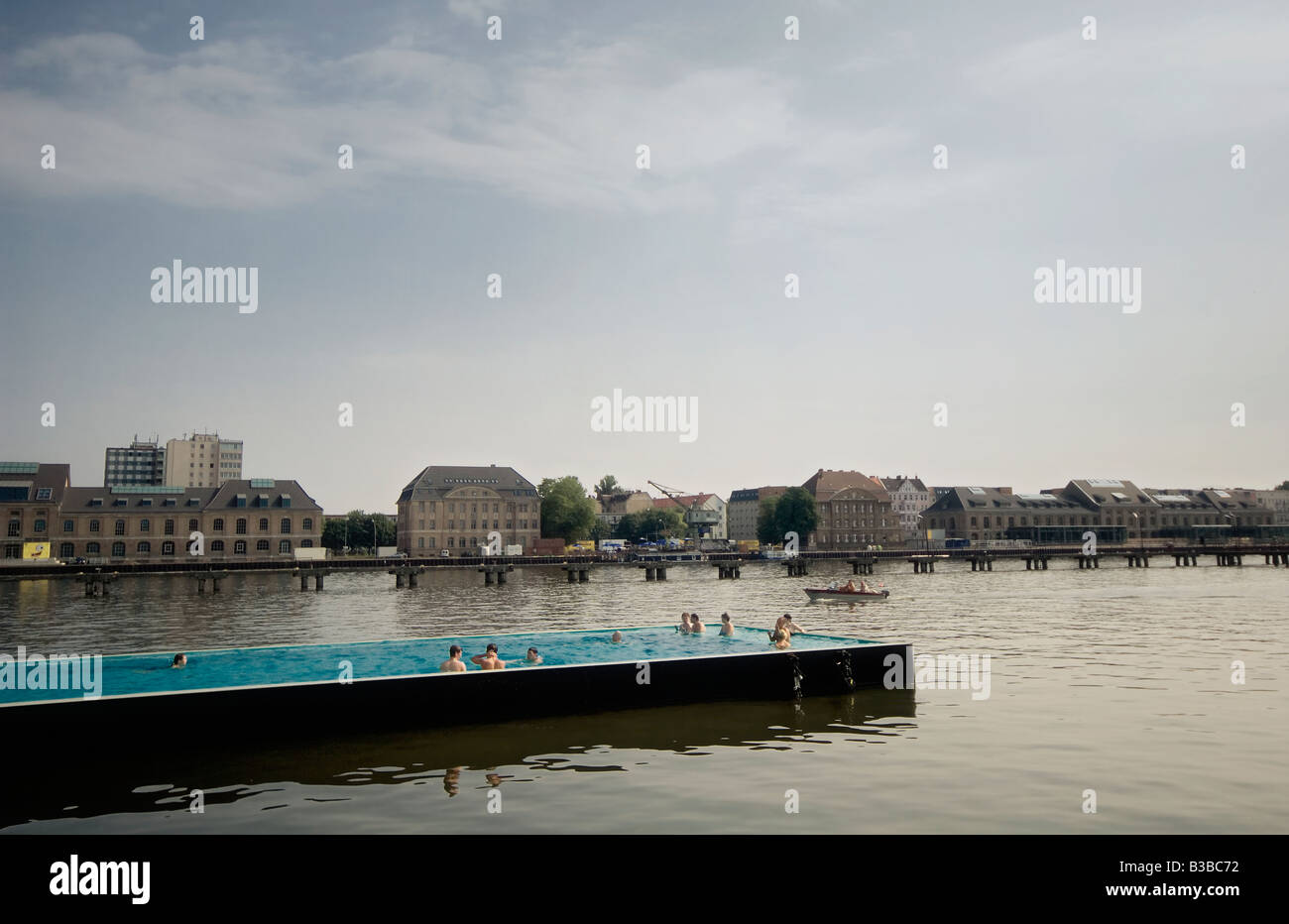Outdoor Swimming Pool Berlin Badeschiff Berlin Germany Stock Photos And Badeschiff Berlin
