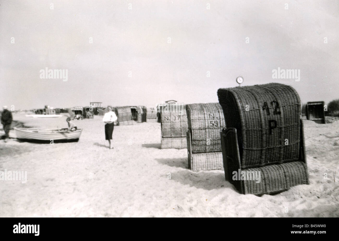 Cash Pool Heiligenhafen Chairs 1950s Stock Photos Chairs 1950s Stock Images Alamy