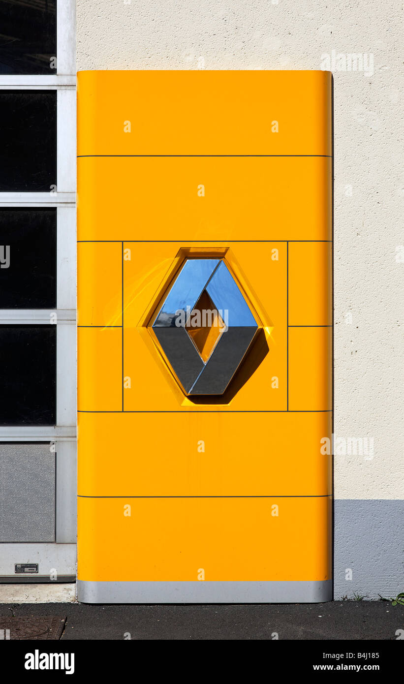 Garage Renault Drome Renault Garage Stock Photos Renault Garage Stock Images Alamy