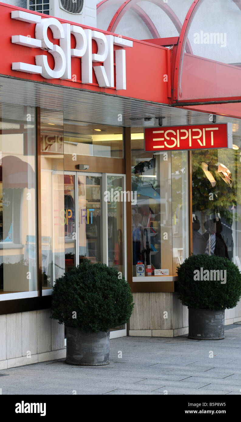 Esprit Shop Esprit Shop Stock Photos Esprit Shop Stock Images Alamy