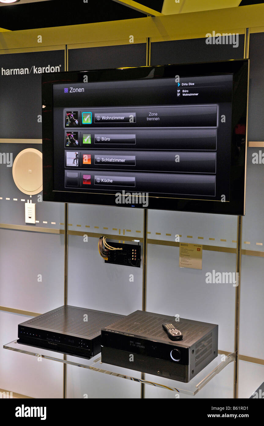 Criminal Case Fall 4 Wohnzimmer Monitore Stock Photos Monitore Stock Images Alamy