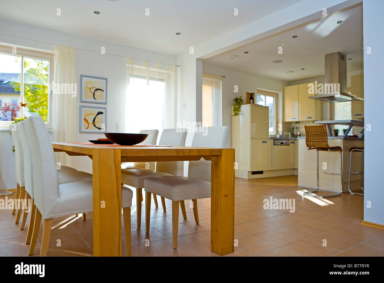 Modernes Esszimmer Modernes Esszimmer Modern Dining Room Stock Photo 21685435 Alamy