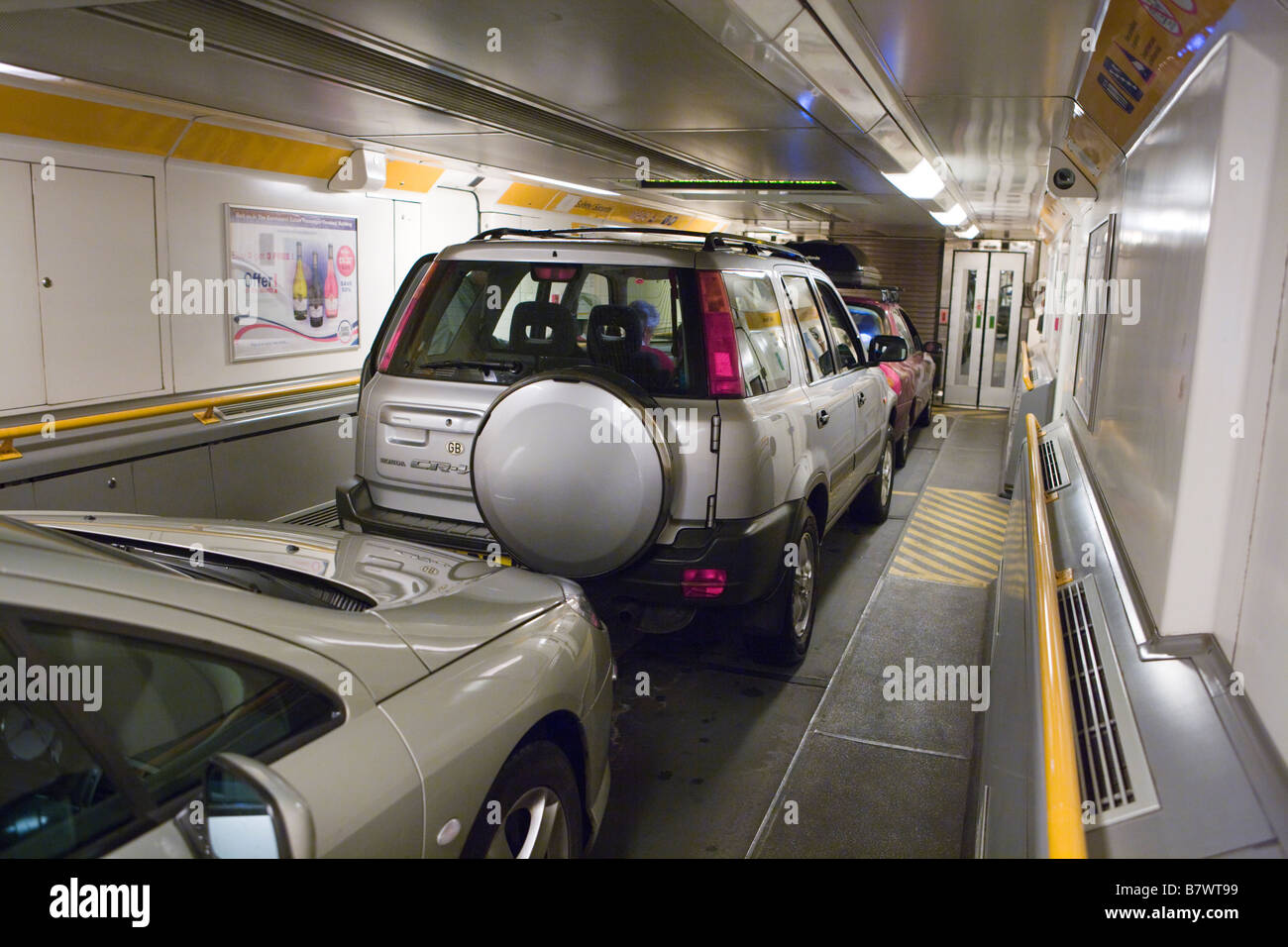 Bus Paris Calais Eurotunnel Stock Photos And Eurotunnel Stock Images Alamy