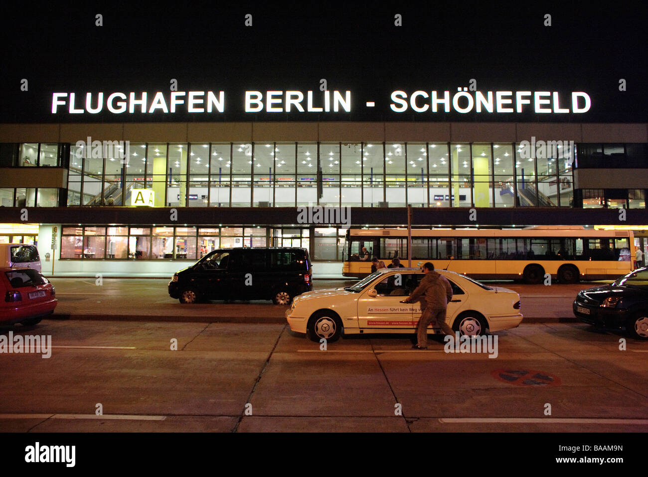 Berlin Schönefeld Park And Ride Airport Bus Night Stock Photos Airport Bus Night Stock