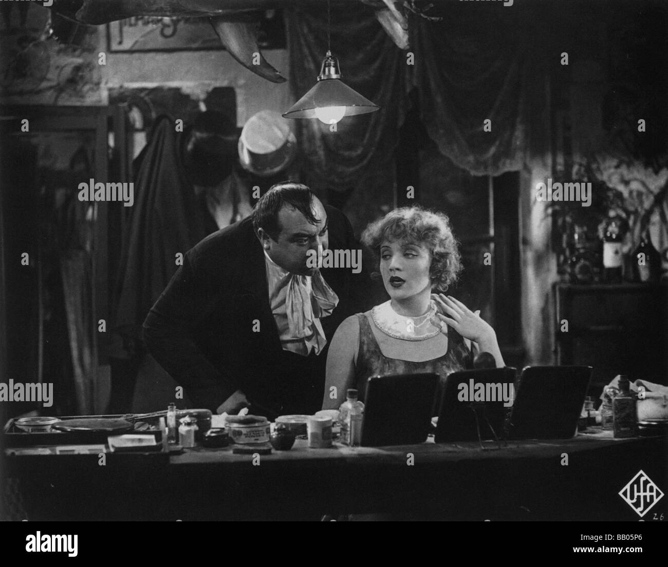 Der Blaue Engel Josef Von Sternberg Kurt Gerron Stock Photos And Kurt Gerron Stock Images Alamy