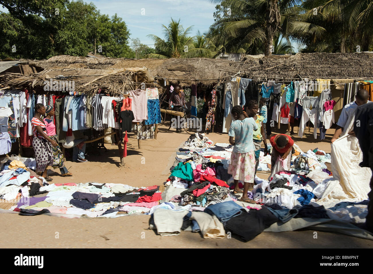 Second Hand Designer Möbel Second Hand Clothes Africa Stock Photos And Second Hand