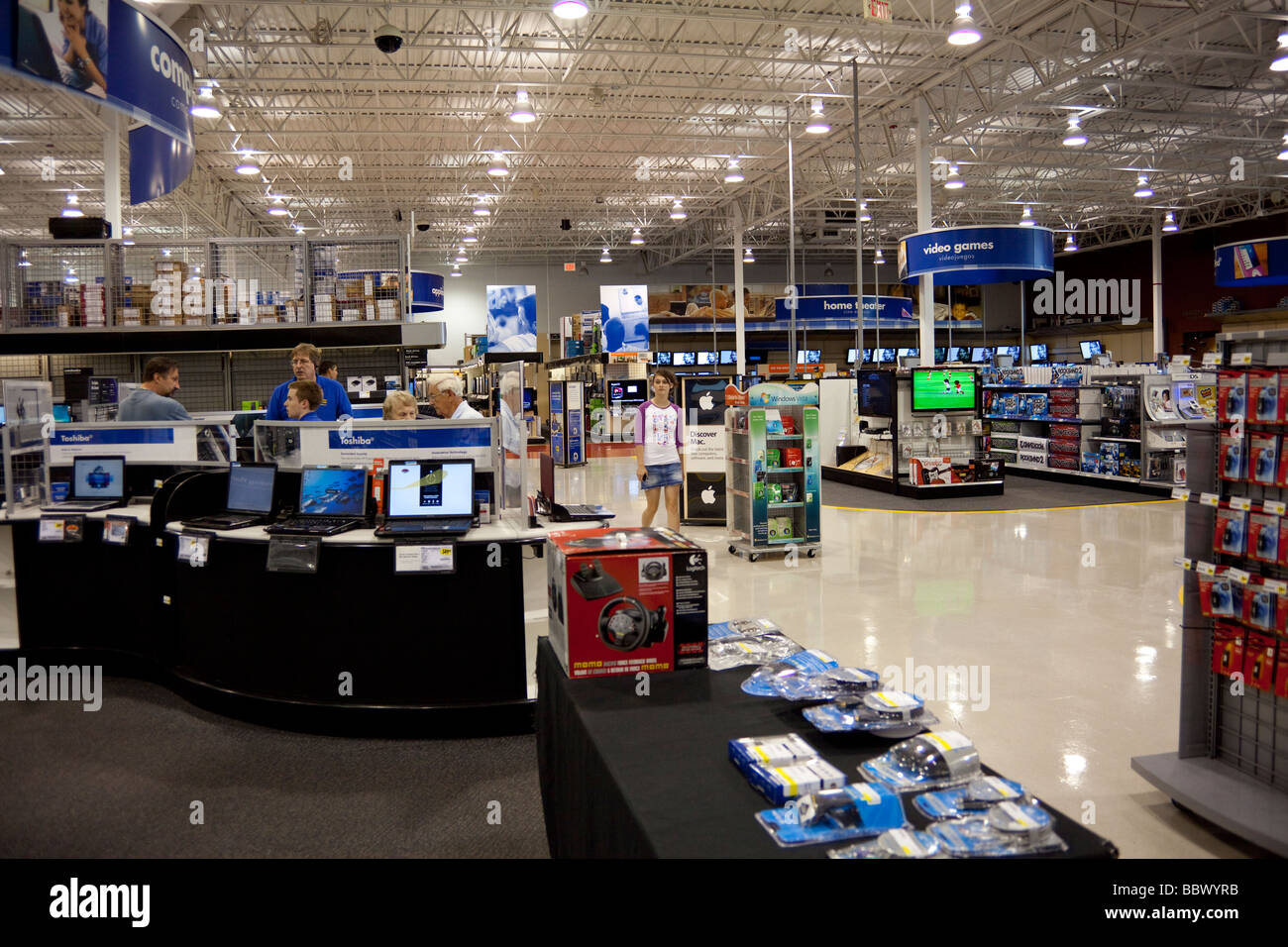 Usa Buy Interior Of Best Buy Store Usa Stock Photo 24542207 Alamy