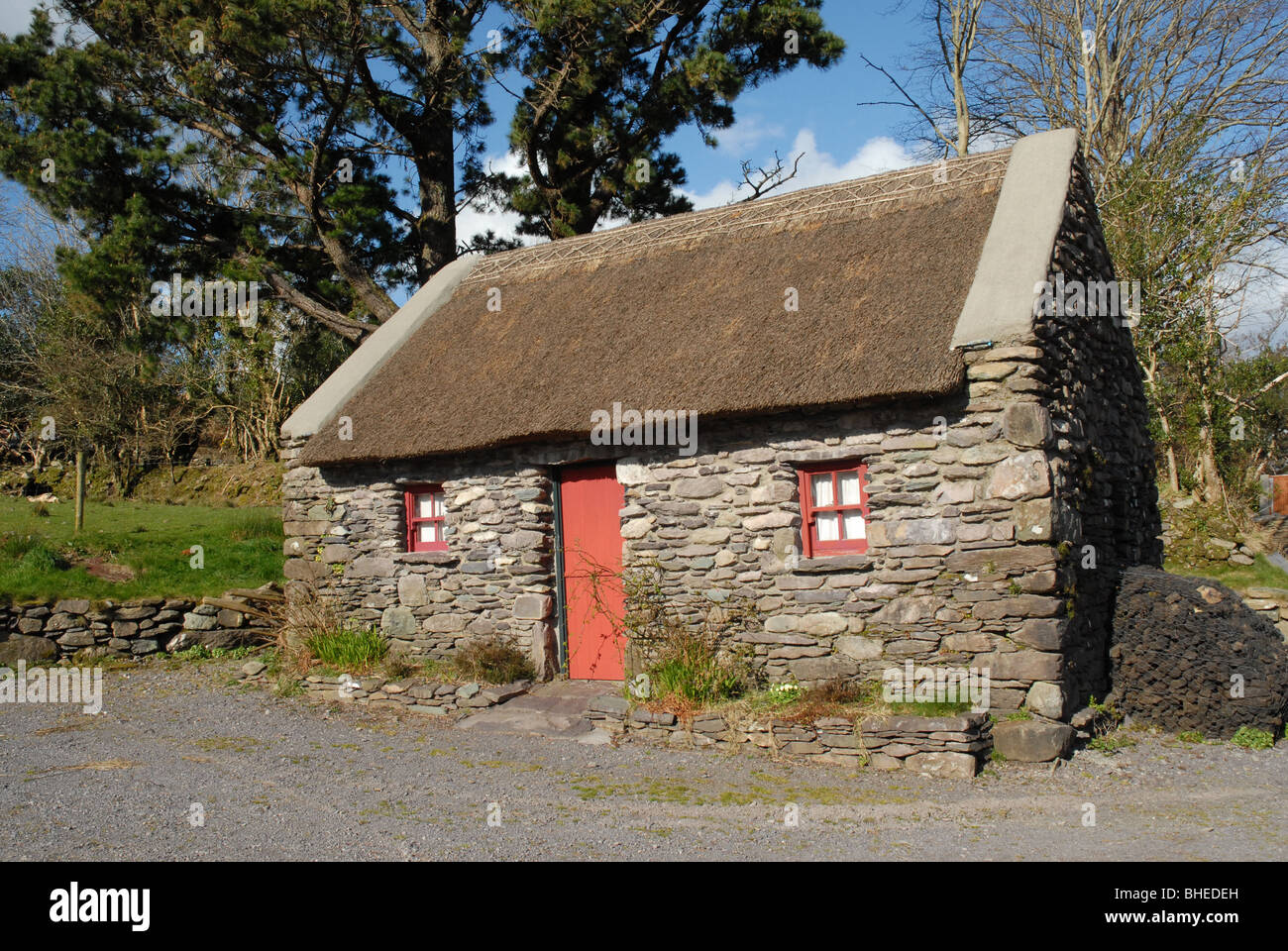 Irish Stone Houses Traditional Irish Stone Cottage With A Thatched Roof In
