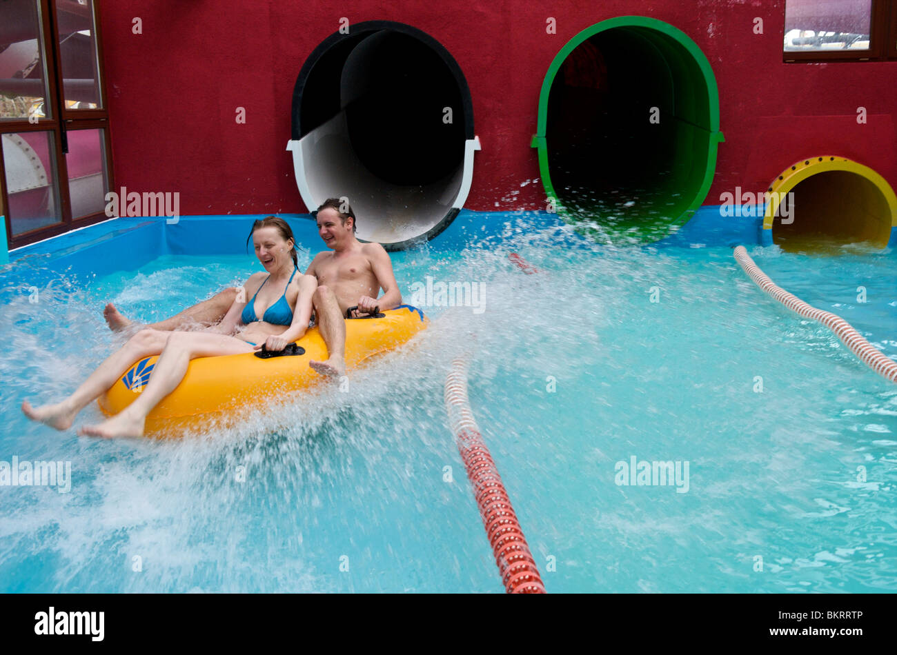 Hotel Ling Bao Zwembad Indoor Water Park Stock Photos And Indoor Water Park Stock