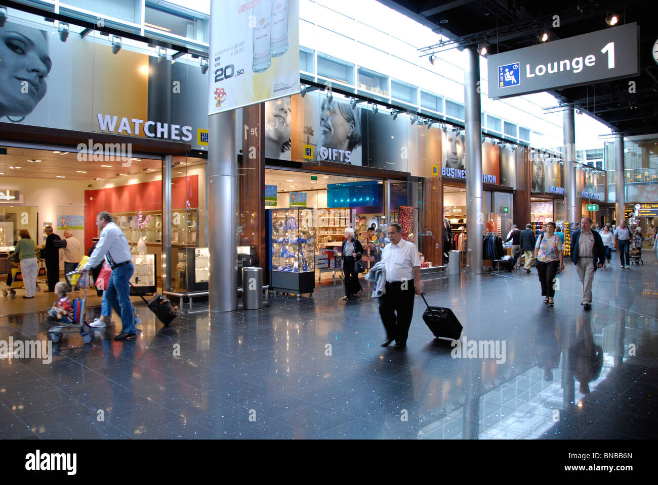Boutique Free Tours Amsterdam Netherlands Schiphol Airport People Travel Duty