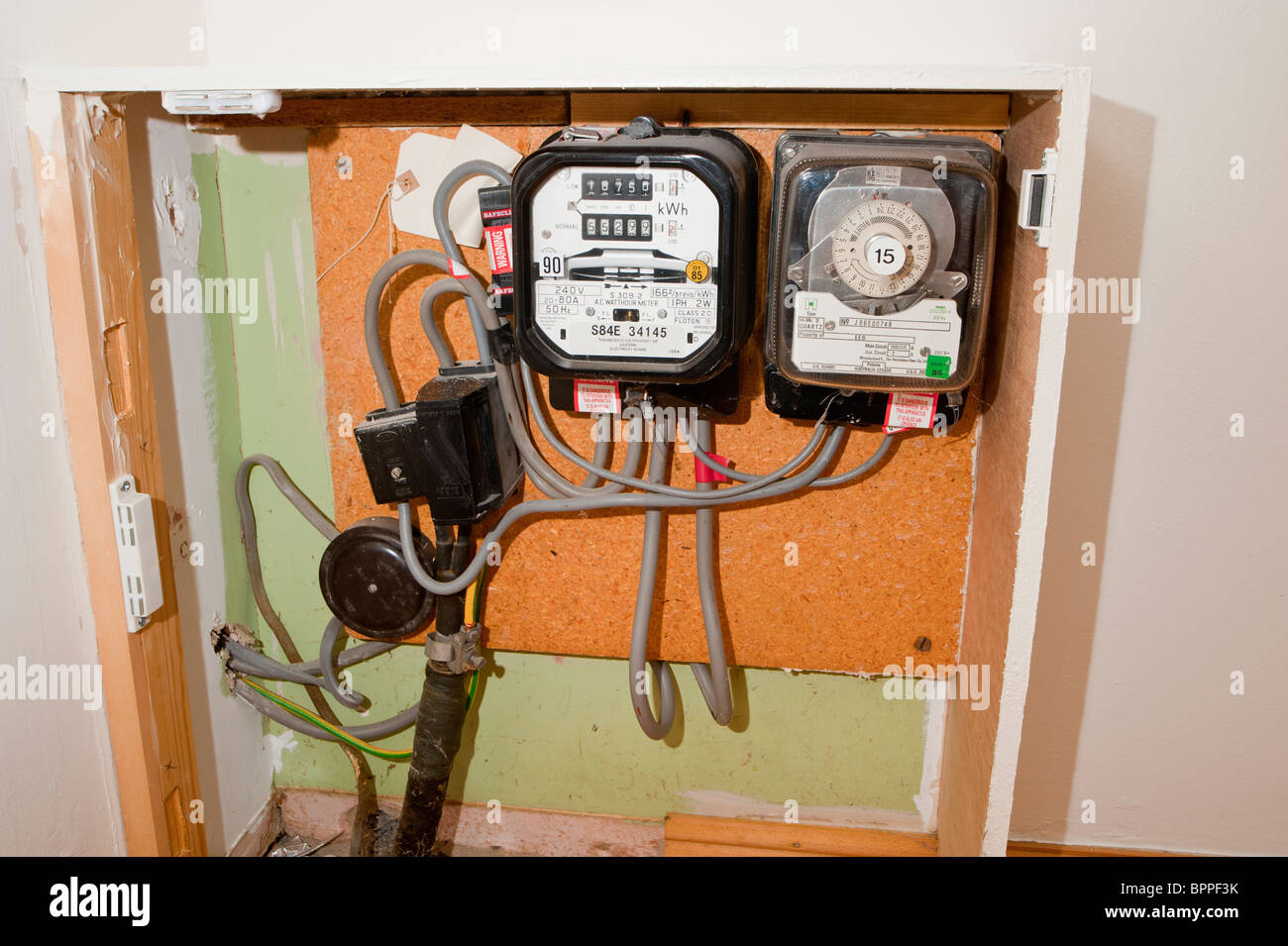 Dangerous Electric Meter Messy Faulty Electrical Wiring Auto
