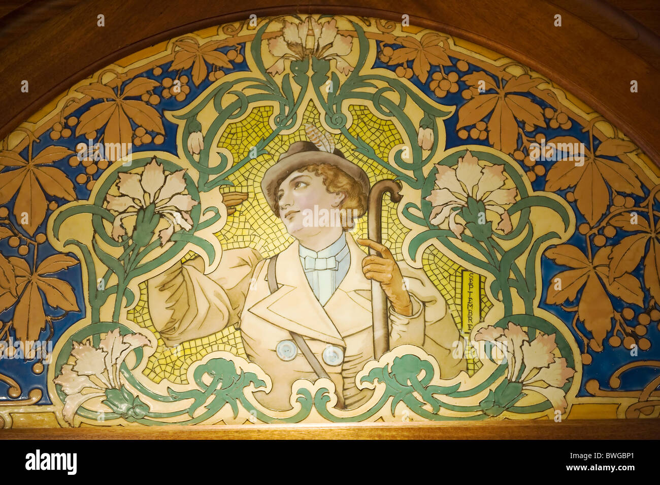 Art Deco Mosaics In A Bistrot Lyon France Stock Photo Alamy - Deco Lyon