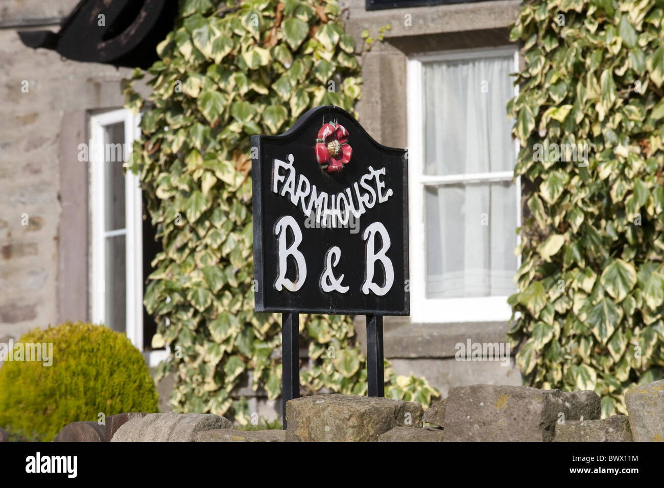 B B Bed Breakfast Farmhouse B B Bed Breakfast Sign Wood End Farm Stock Photo