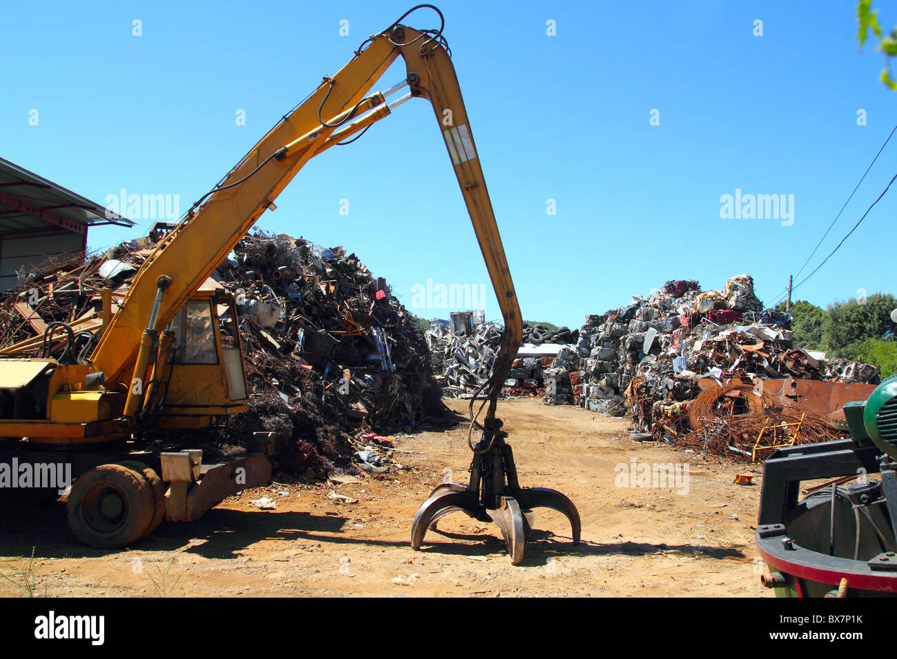 Recycling Station Bremen Junk Yard Crane Stock Photos & Junk Yard Crane Stock