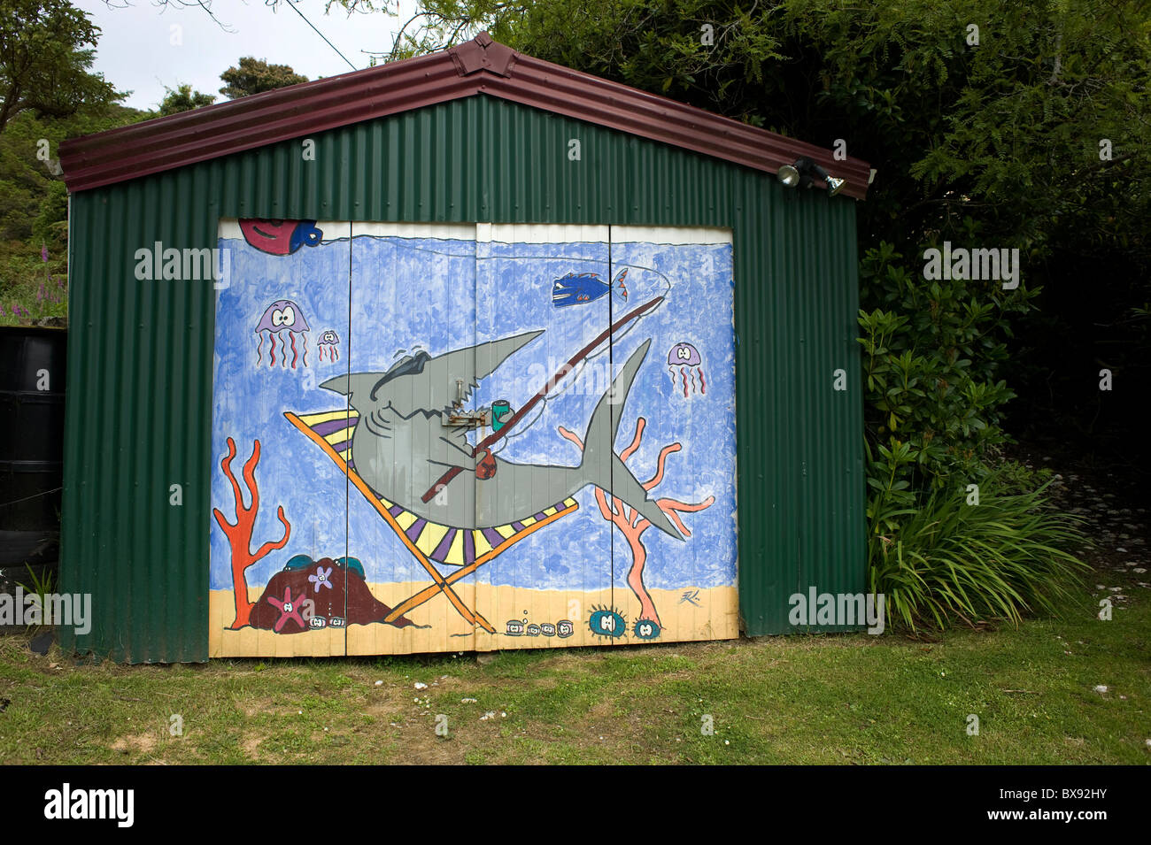 Garage Art Nz A Painted Garage Door On Golden Bay Road Oban Stewart Island