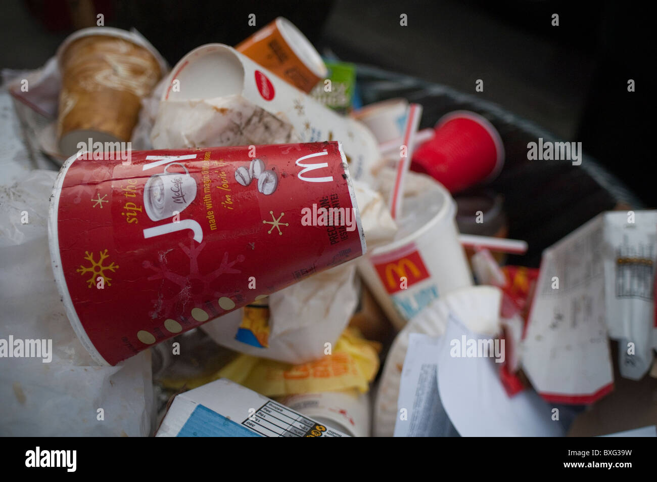 Mcdonalds Rubbish Stock Photos Mcdonalds Rubbish Stock